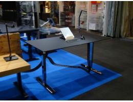 FX - Hromēts galds ar Fenix virsmu