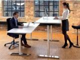 Kāpēc nepieciešami ergonomiski / regulējami galdi?